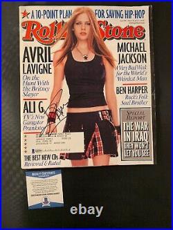 Avril Lavigne Signed Rolling Stone Magazine BAS COA Autograph #Q43567 Rare
