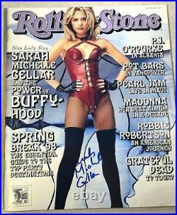 Buffy SARAH MICHELLE GELLAR Signed ROLLING STONE Magazine 4/2/98 BECKETT